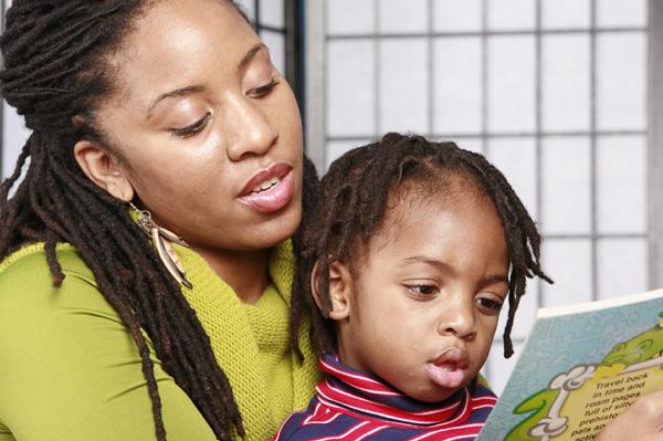 Reading_Mama_Child